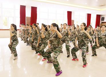 风雨兼程,青春见证——记南京聋人学校...